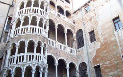 Venezia segreta: Scala Contarini del Bovolo
