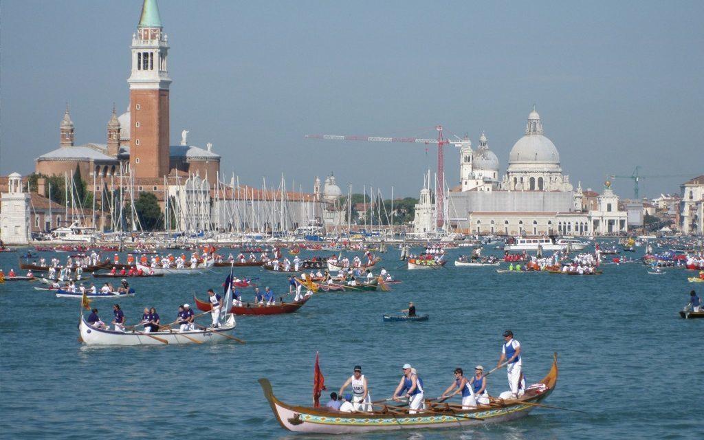 Voga veneta: sport e divertimento nella laguna di Venezia!